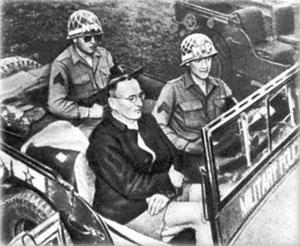 Генерал-фельдмаршал Ф.Шернер в машине союзников